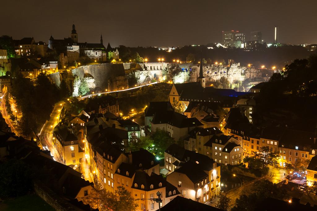 Nächtlicher Blick auf Luxemburg Grund