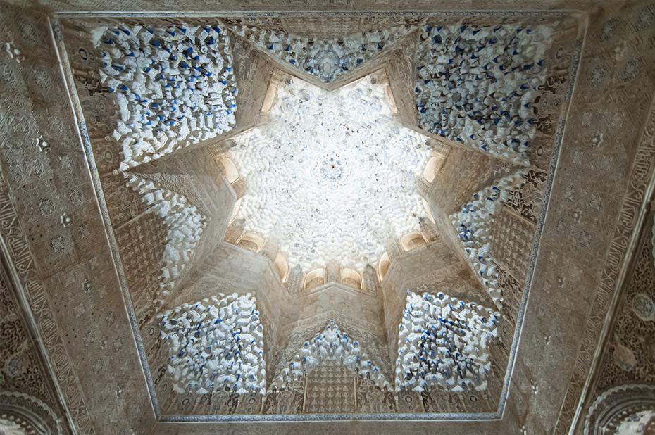 Granada-Alhambra-Nacht-9