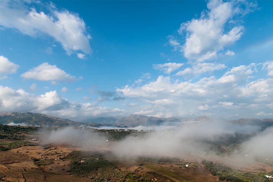 Ronda-Tal-mit-Nebel