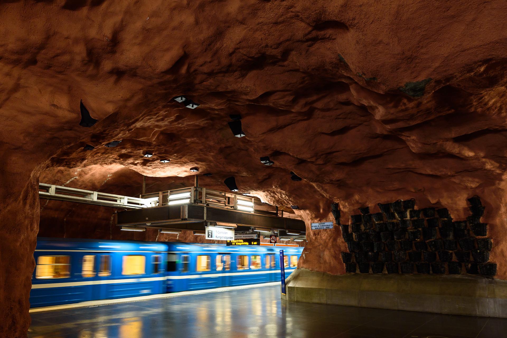 Die kunstvollen Stationen der Stockholmer Metro