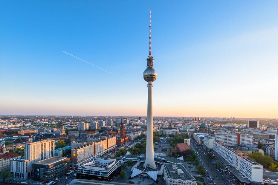 Berlin - Fernsehturm Alexander Platz