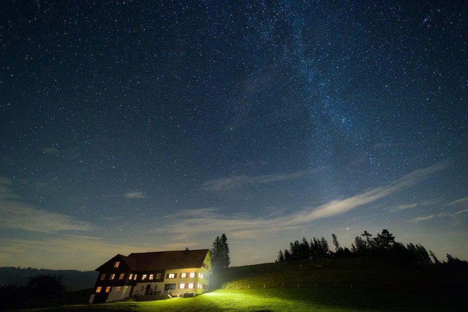 Milchstraße mit Andromeda-Galaxie