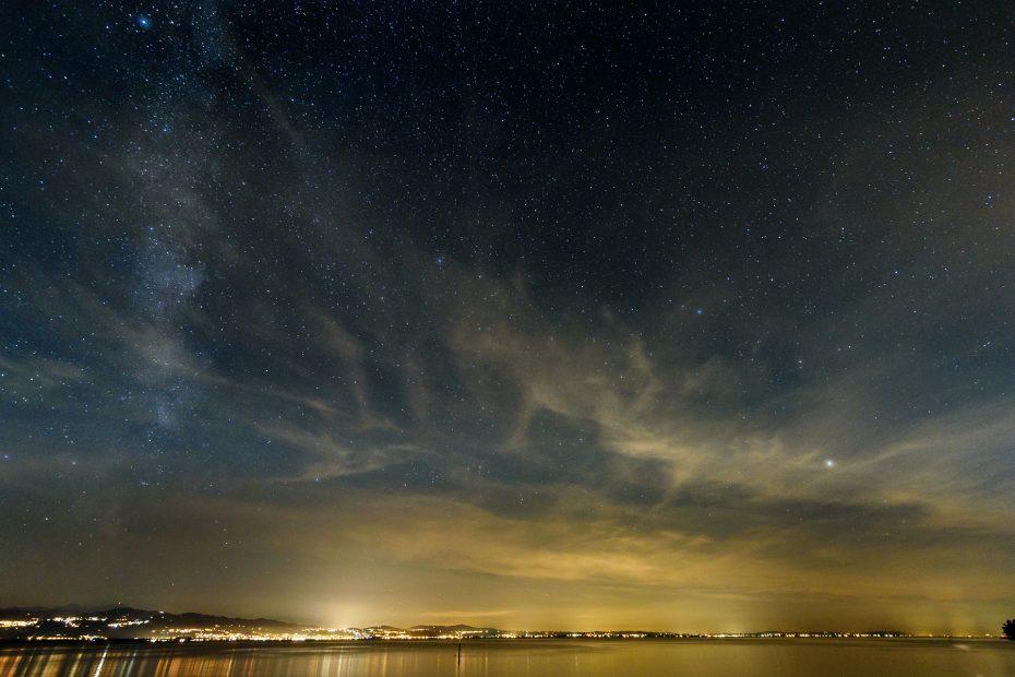 Bodensee mit Sternenhimmel
